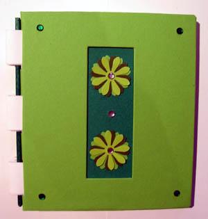 Notizbuch_klein_Motivlocher_Blüte grün